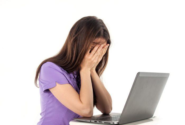 目と脳は密接に関係している。慢性的な頭痛の原因と、それが改善した理由とは